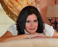 Duchess Author - Anabelle Pub Photo